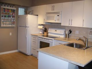 """Photo 12: 325 528 ROCHESTER Avenue in Coquitlam: Coquitlam West Condo for sale in """"AVE"""" : MLS®# V878269"""