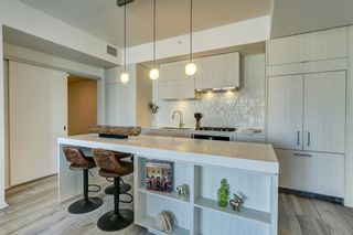 Photo 2: 2401 615 6 Avenue SE in Calgary: Downtown East Village Apartment for sale : MLS®# A1070605