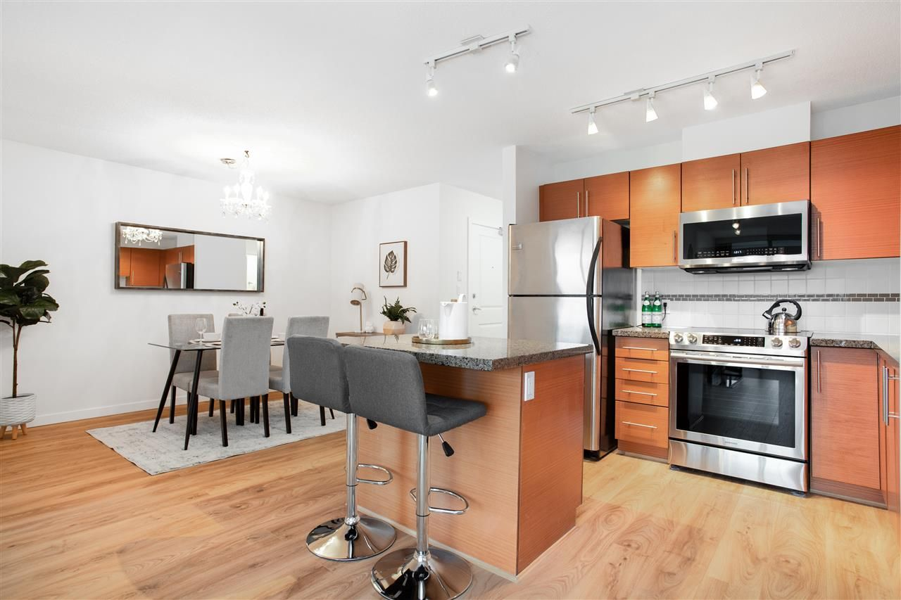 Photo 7: Photos: 1201 5611 GORING STREET in Burnaby: Central BN Condo for sale (Burnaby North)  : MLS®# R2431529