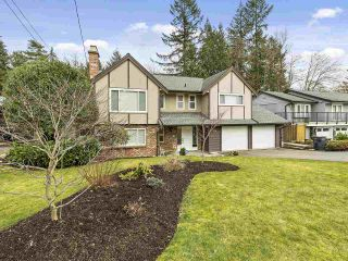 """Photo 2: 831 BAKER Drive in Coquitlam: Chineside House for sale in """"CHINESIDE"""" : MLS®# R2543641"""