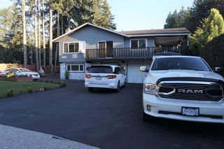 Photo 3: 19994 39A Avenue in Langley: Brookswood Langley House for sale : MLS®# R2596970