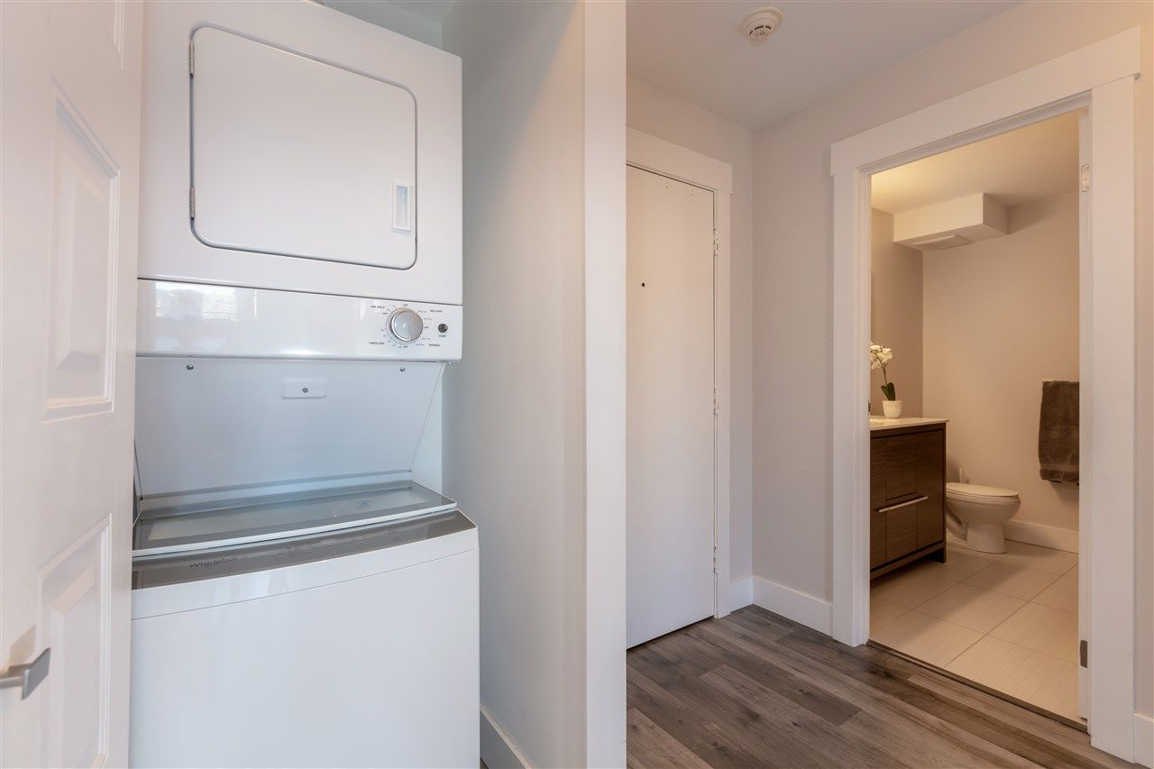 """Photo 16: Photos: 1804 3980 CARRIGAN Court in Burnaby: Government Road Condo for sale in """"Discovery Place"""" (Burnaby North)  : MLS®# R2465942"""