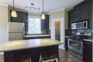 """Photo 5: 410 2038 SANDALWOOD Crescent in Abbotsford: Central Abbotsford Condo for sale in """"THE ELEMENT"""" : MLS®# R2185056"""