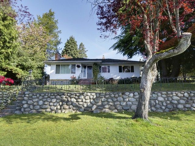 Main Photo: 4619 MIDLAWN Drive in Burnaby: Brentwood Park House for sale (Burnaby North)  : MLS®# V1117874
