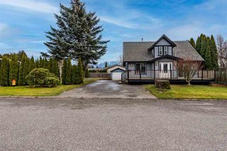 Photo 2: 8966 CHARLES Street in Chilliwack: Chilliwack E Young-Yale House for sale : MLS®# R2543711
