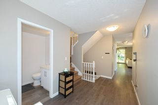 """Photo 17: 3 9000 ASH GROVE Crescent in Burnaby: Forest Hills BN Townhouse for sale in """"Ashbrook Place"""" (Burnaby North)  : MLS®# R2615088"""