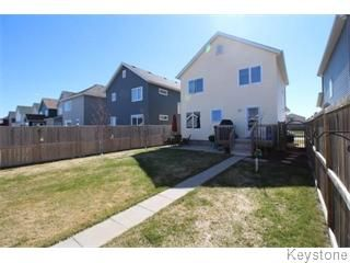 Photo 5: 664 Paddington Road in Winnipeg: South St Vital Single Family Detached for sale (South Winnipeg)  : MLS®# 1610755