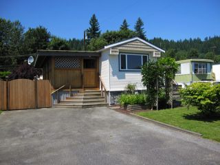 """Photo 1: 22 9960 WILSON Road in Mission: Mission-West Manufactured Home for sale in """"RUSKIN PLACE"""" : MLS®# F1415955"""