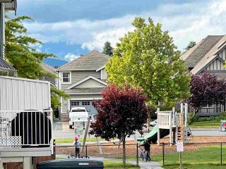 """Photo 26: 3 6498 SOUTHDOWNE Place in Chilliwack: Sardis East Vedder Rd Townhouse for sale in """"Village Green"""" (Sardis)  : MLS®# R2588764"""