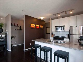 "Photo 5: 1202 480 ROBSON Street in Vancouver: Downtown VW Condo for sale in ""R&R"" (Vancouver West)  : MLS®# V886537"