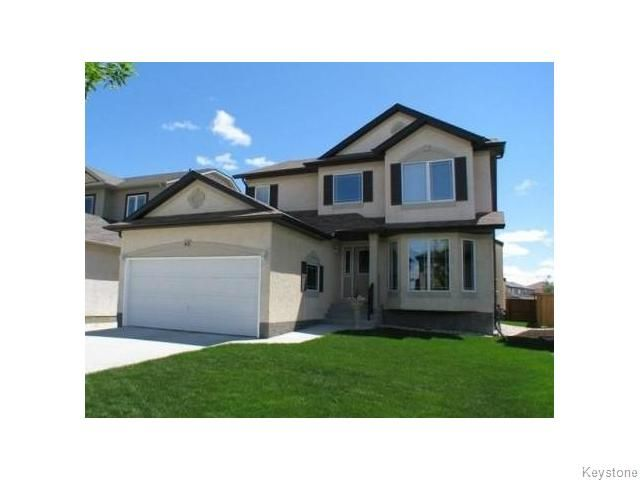 Main Photo: 63 Farnsworth Crescent in Winnipeg: Single Family Detached for sale (River Park South)  : MLS®# 1322194