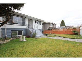 Photo 2: 3723 MANOR Street in Burnaby: Central BN House for sale (Burnaby North)  : MLS®# V1110278