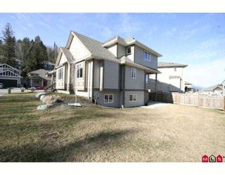 """Photo 10: 46213 KERMODE Crescent in Sardis: Promontory House for sale in """"BEAR CREEK"""" : MLS®# H2900411"""
