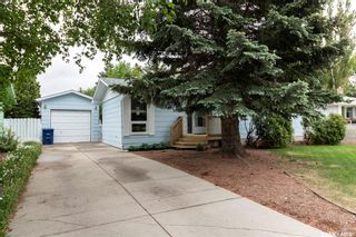 Photo 2: 65 Albany Crescent in Saskatoon: River Heights SA Residential for sale : MLS®# SK859178