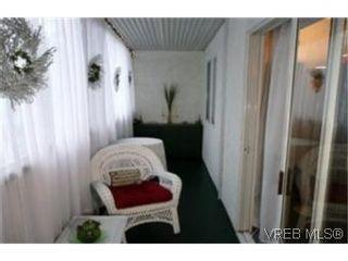 Photo 5: 302 1124 Esquimalt Rd in VICTORIA: Es Rockheights Condo for sale (Esquimalt)  : MLS®# 468144