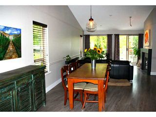 Photo 2: # 42 323 GOVERNORS CT in New Westminster: Fraserview NW Townhouse for sale : MLS®# V1028185