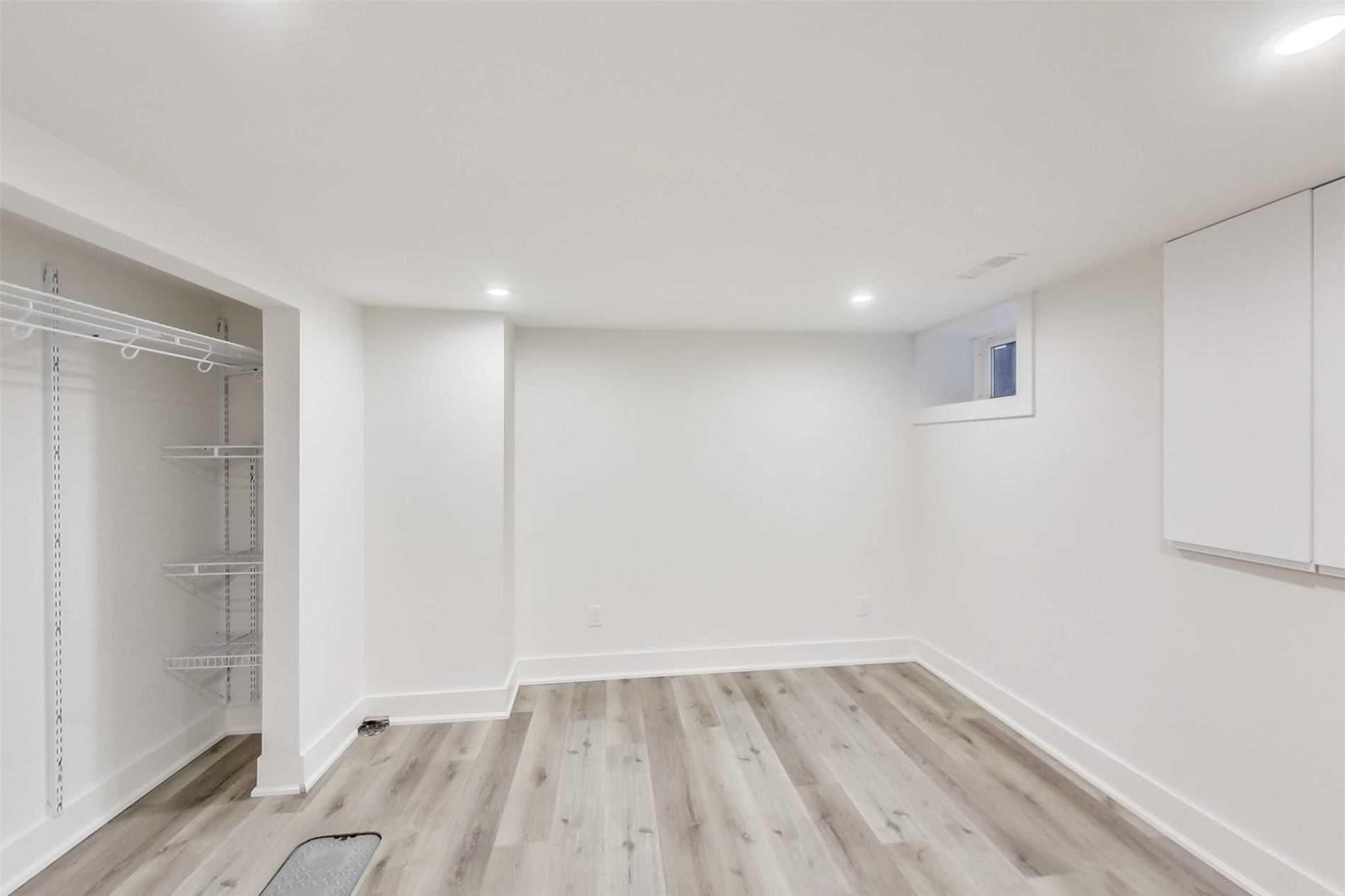 Photo 12: Photos: 501B Carlaw Avenue in Toronto: South Riverdale House (2 1/2 Storey) for lease (Toronto E01)  : MLS®# E4800704