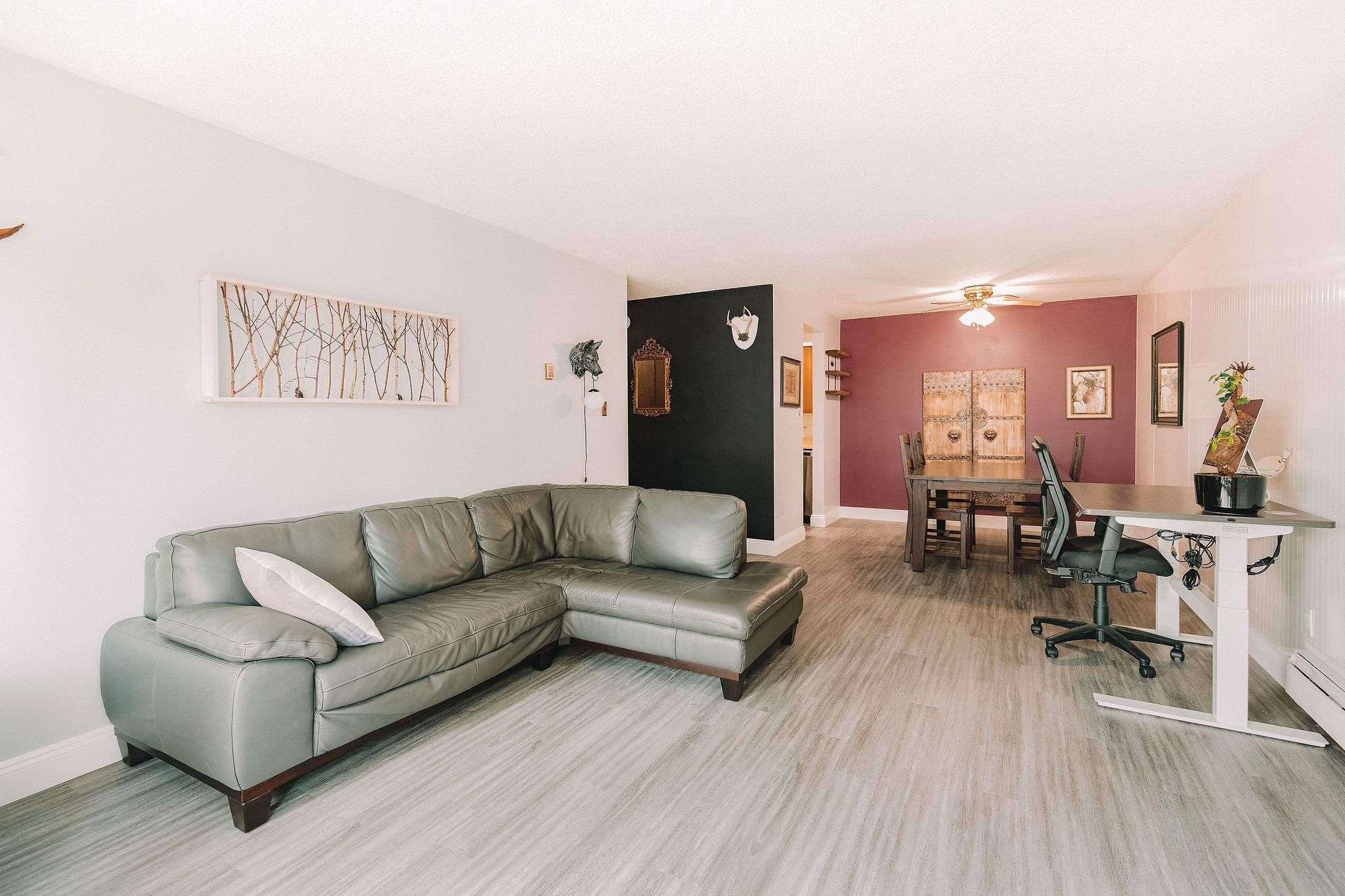 """Main Photo: 206 410 AGNES Street in New Westminster: Downtown NW Condo for sale in """"Marseille Plaza"""" : MLS®# R2613985"""