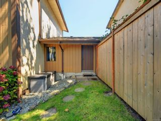 Photo 21: 5 1096 Stoba Lane in : SE Quadra Row/Townhouse for sale (Saanich East)  : MLS®# 851744