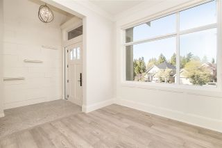 Photo 2: 918 163 Street in Surrey: King George Corridor House for sale (South Surrey White Rock)  : MLS®# R2577941