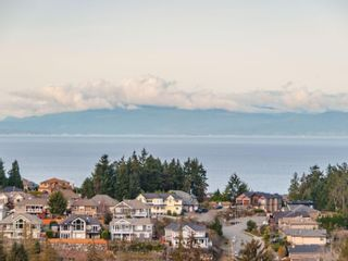 Photo 15: 4670 Ewen Pl in : Na North Nanaimo House for sale (Nanaimo)  : MLS®# 861063