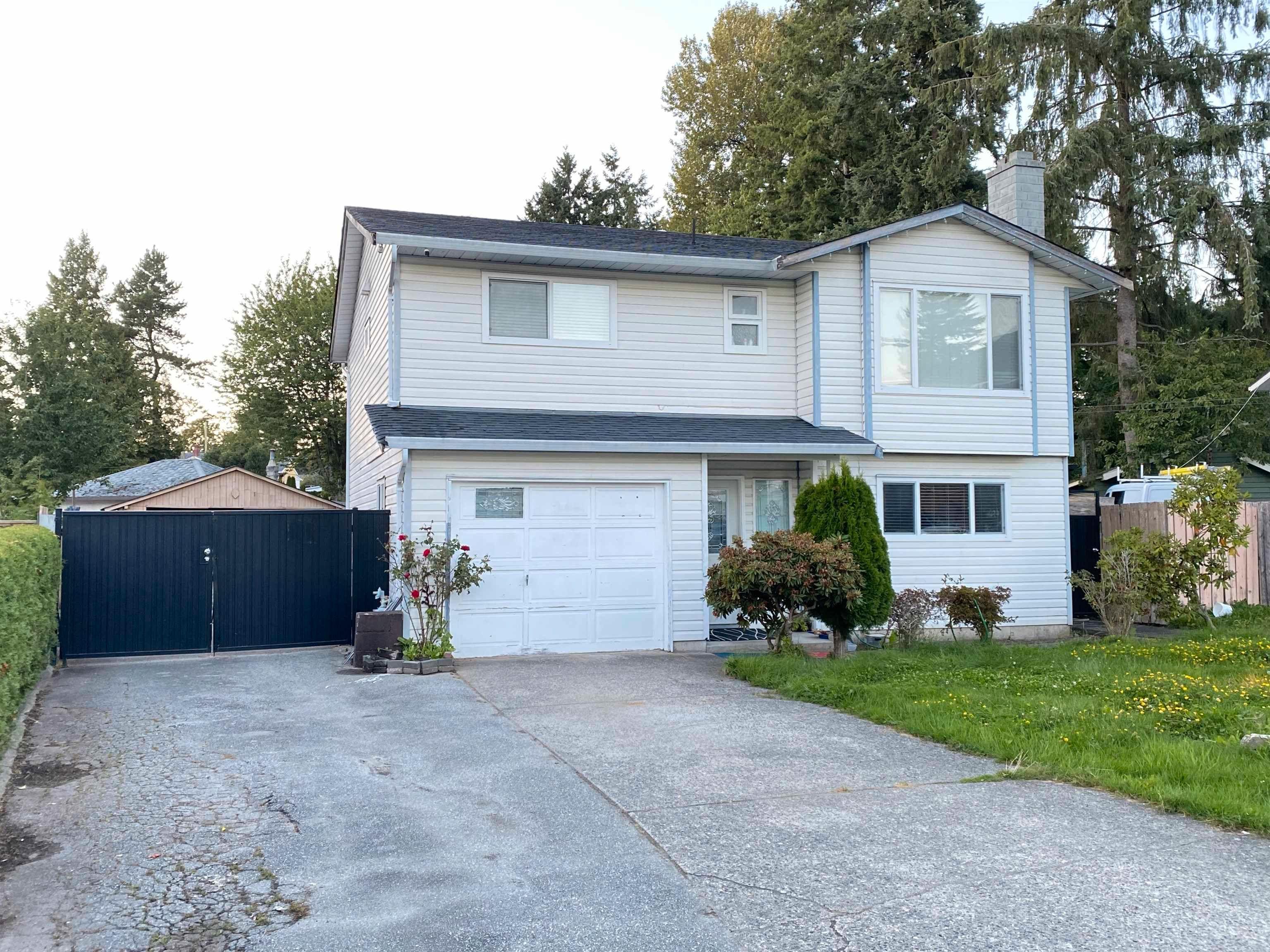 Main Photo: 10337 129A Street in Surrey: Cedar Hills House for sale (North Surrey)  : MLS®# R2617773