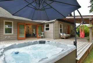 Photo 22: 256 KNIGHT Road in Gibsons: Gibsons & Area House for sale (Sunshine Coast)  : MLS®# R2600569