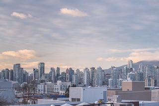 """Photo 18: 210 2515 ONTARIO Street in Vancouver: Mount Pleasant VW Condo for sale in """"The Elements"""" (Vancouver West)  : MLS®# R2053141"""