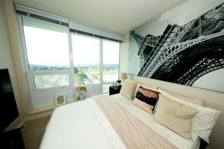 Photo 9: 2509 13303 CENTRAL AVENUE in Surrey: Whalley Condo for sale (North Surrey)  : MLS®# R2434021