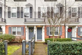 """Photo 2: 14 2495 DAVIES Avenue in Port Coquitlam: Central Pt Coquitlam Townhouse for sale in """"ARBOUR"""" : MLS®# R2331337"""
