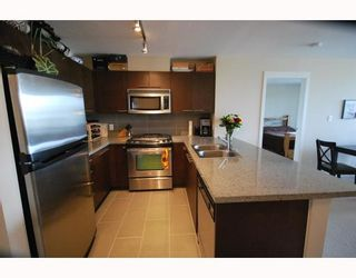 Photo 7: 502 9171 FERNDALE Road in Richmond: McLennan North Condo for sale : MLS®# V754455