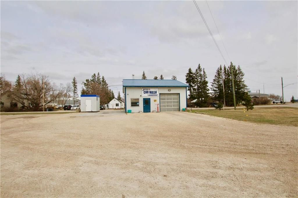 Main Photo: 1 Invicta Street in Warren: Industrial / Commercial / Investment for sale (R12)  : MLS®# 202110115