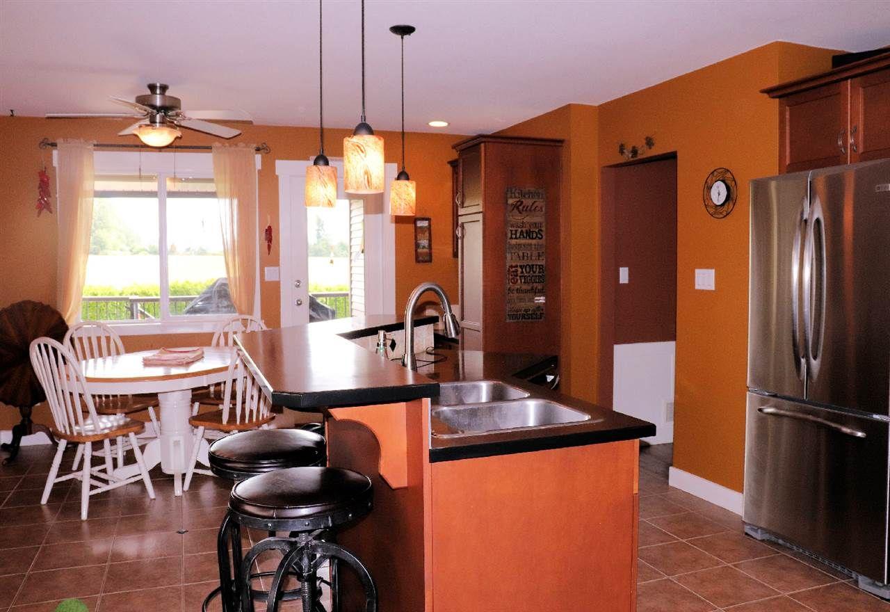 "Photo 6: Photos: 3374 273B Street in Langley: Aldergrove Langley House for sale in ""Stonebridge Estates"" : MLS®# R2385388"