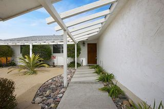 Photo 3: CLAIREMONT House for sale : 4 bedrooms : 7434 Ashford Pl in San Diego
