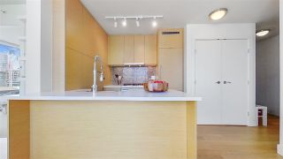 "Photo 14: 1705 565 SMITHE Street in Vancouver: Downtown VW Condo for sale in ""VITA"" (Vancouver West)  : MLS®# R2562463"