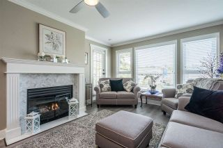 """Photo 5: 207 17740 58A Avenue in Surrey: Cloverdale BC Condo for sale in """"Derby Downs"""" (Cloverdale)  : MLS®# R2579014"""