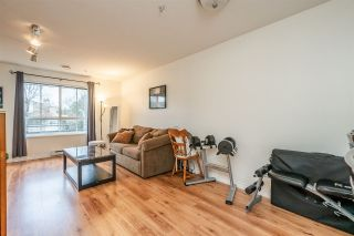 """Photo 4: 202 19750 64 Avenue in Langley: Willoughby Heights Condo for sale in """"The Davenport"""" : MLS®# R2462236"""