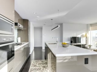 Photo 10: 4009 777 RICHARDS Street in Vancouver: Downtown VW Condo for sale (Vancouver West)  : MLS®# R2524864