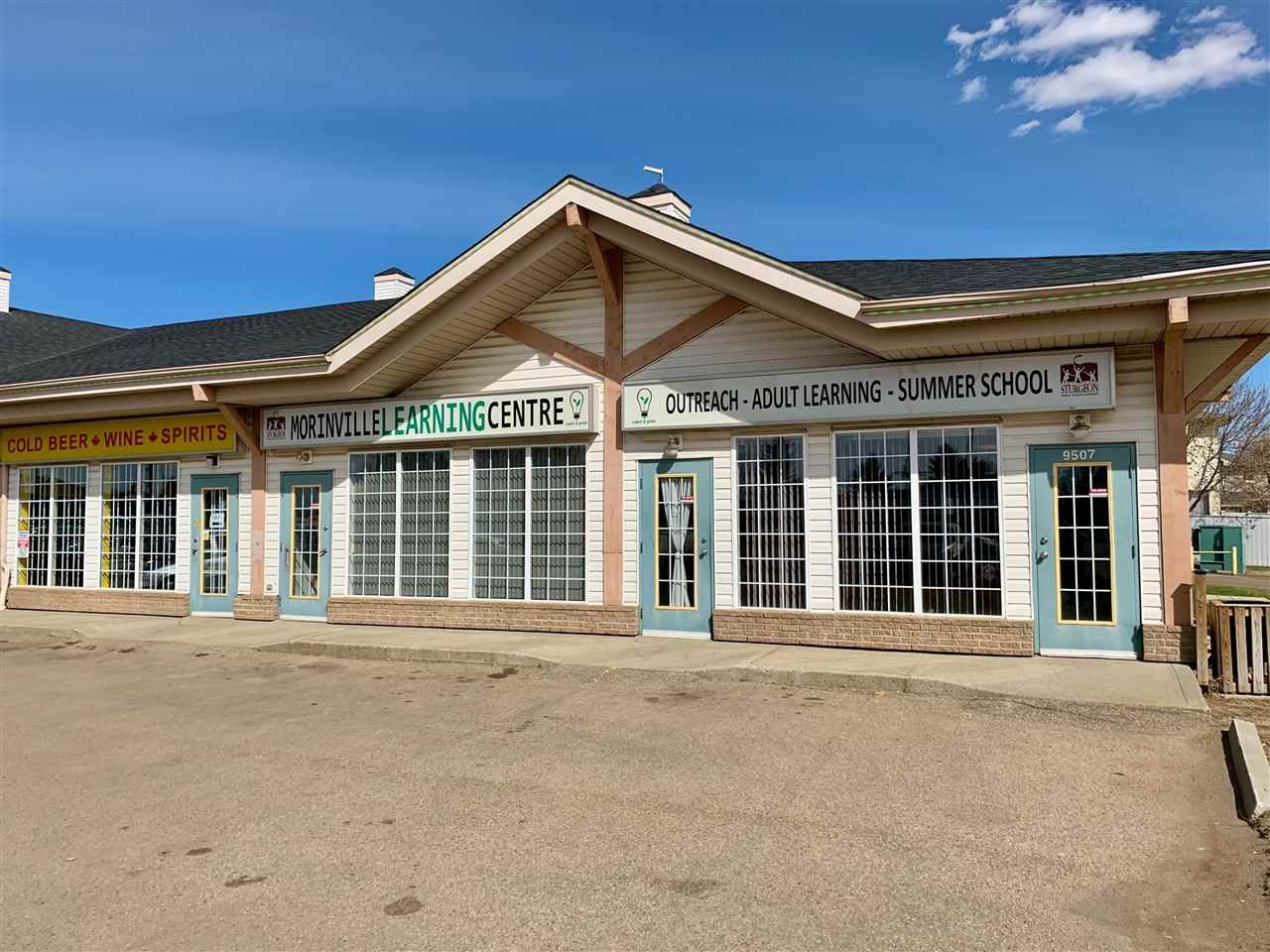 Main Photo: 9507 100 Street: Morinville Office for lease : MLS®# E4184739
