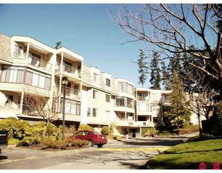 "Photo 1: 204 1760 SOUTHMERE Crescent in White_Rock: Sunnyside Park Surrey Condo for sale in ""Capstan Way"" (South Surrey White Rock)  : MLS®# F2802738"