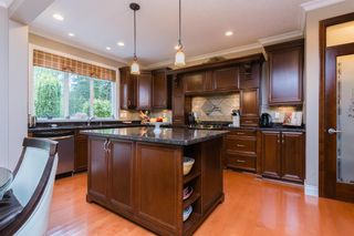 """Photo 7: 14185 33RD Avenue in Surrey: Elgin Chantrell House for sale in """"ELGIN ESTATES"""" (South Surrey White Rock)  : MLS®# R2099004"""