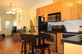 "Photo 11: 122 7333 16TH Avenue in Burnaby: Edmonds BE Townhouse for sale in ""SOUTHGATE"" (Burnaby East)  : MLS®# R2202117"
