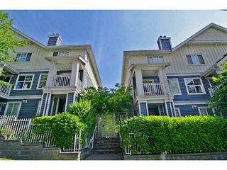 """Photo 1: 25 123 SEVENTH Street in New Westminster: Uptown NW Townhouse for sale in """"Royal City Terrace"""" : MLS®# V1124217"""