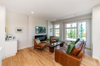 Photo 5: 161 HAYS RIDGE Boulevard in Edmonton: Zone 55 Attached Home for sale : MLS®# E4264438
