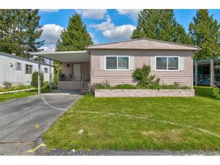"""Photo 2: 251 1840 160 Street in Surrey: King George Corridor Manufactured Home for sale in """"BREAKAWAY BAYS"""" (South Surrey White Rock)  : MLS®# R2574472"""