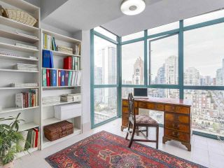 "Photo 9: 2005 212 DAVIE Street in Vancouver: Yaletown Condo for sale in ""Parkview Gardens"" (Vancouver West)  : MLS®# R2218956"