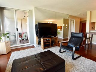 Photo 4: 905 10 LAGUNA COURT in New Westminster: Quay Condo for sale : MLS®# R2200464