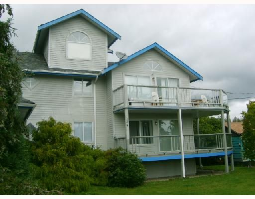 Main Photo: 1 756 GIBSONS Way in Gibsons: Gibsons & Area Townhouse for sale (Sunshine Coast)  : MLS®# V671993