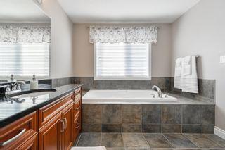 Photo 17: 3040 MACNEIL Way in Edmonton: Zone 14 House for sale : MLS®# E4263321