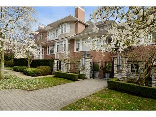 "Photo 1: 302 3088 W 41ST Avenue in Vancouver: Kerrisdale Condo for sale in ""THE LANESBOROUGH"" (Vancouver West)  : MLS®# V1071301"